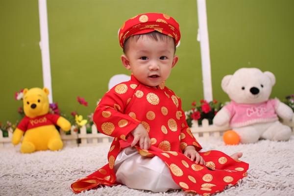 quần áo tết cho bé